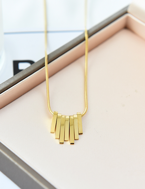 Collar Geométrico De Acero Titanio
