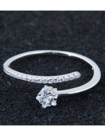 Anillo Decorado Con Estrella Brillante De Moda