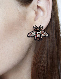 Fashion Black Bee Shape Decorated Earrings