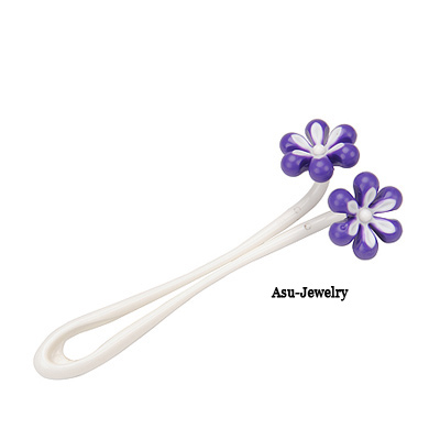 Pretty Purple Flower Charm Design