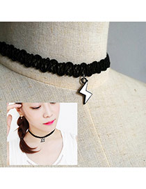 Vintage Black Metal Lightning Shape Pendant Decorated Choker Necklace